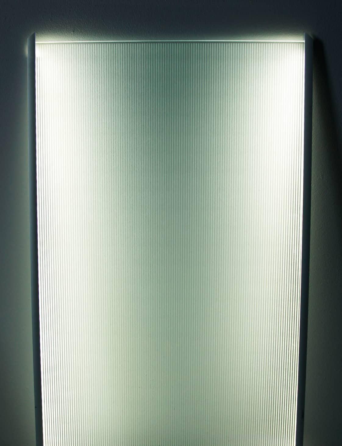 Luminescent glasses / Pattern 3