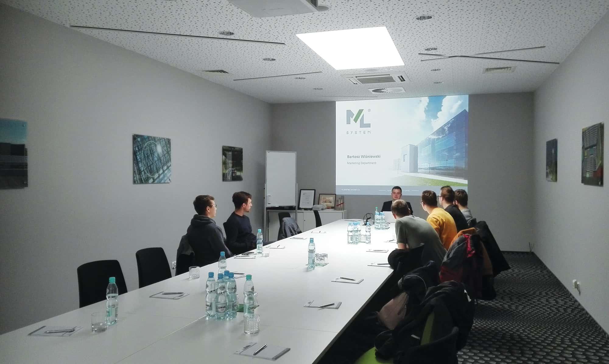 MLSystem-Wizyta-Studentow-AGH-1
