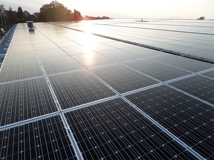 Montaż i konserwacja paneli słonecznych w ML System